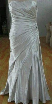 Y la toga de tu fiesta de la universidad Foto:KnockOffNightmares