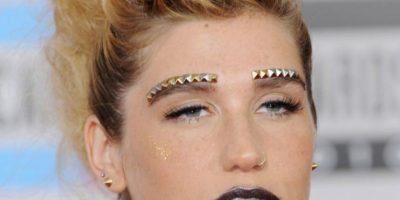 Ke$ha, el labial de rave del año 2000 lo puedes guardar. Foto:Getty Images