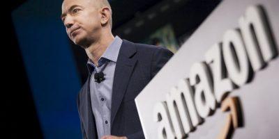 Amazon es el portal más grande y popular de compras en línea. Su creador, Jeff Bezos, ocupa el tercer puesto de la lista de multimillonarios tecnológicos de la revista Forbes, con la suma de 34 mil 800 millones de dólares. Foto:Getty Images