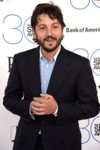 Con el paso de los años, el actor adelgazó y se convirtió en un galán del cine. Foto:Getty Images