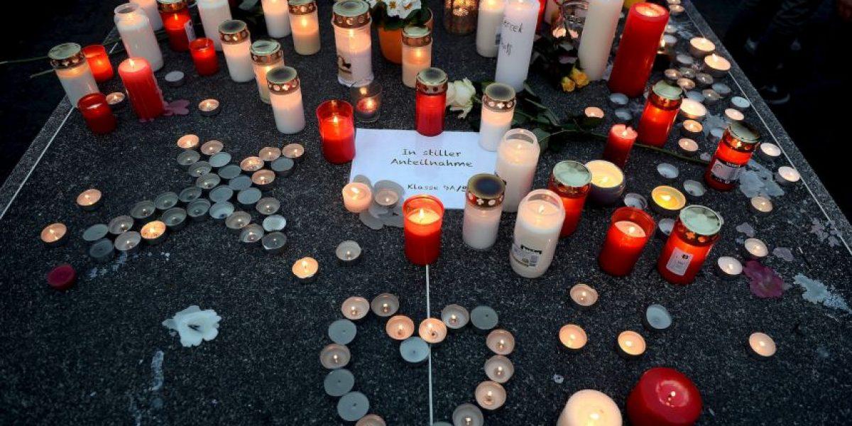 FOTOS: Así son los homenajes a las víctimas del avión accidentado en Francia