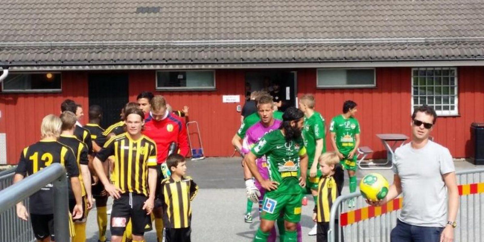 En su primera temporada, el equipo utilizó sólo a jóvenes de 17 años de edad. Foto:Twitter @DalkurdFF