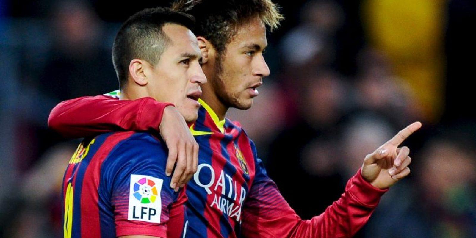 Su actuación más recordada fue en el Clásico ante el Real Madrid donde ambos le dieron la victoria al cuadro catalán. Foto:Getty Images