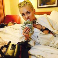 En la actualidad, Cyrus se dedica a su carrera como cantante, tiene una fundación para ayudar a las personas que viven en las calles de Los Ángeles y sale con el hijo de Arnold Schwarzenegger Foto:Instagram @Mileycyrus