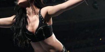 Peleará al lado de Paige Foto:Twitter: @WWEAJLee