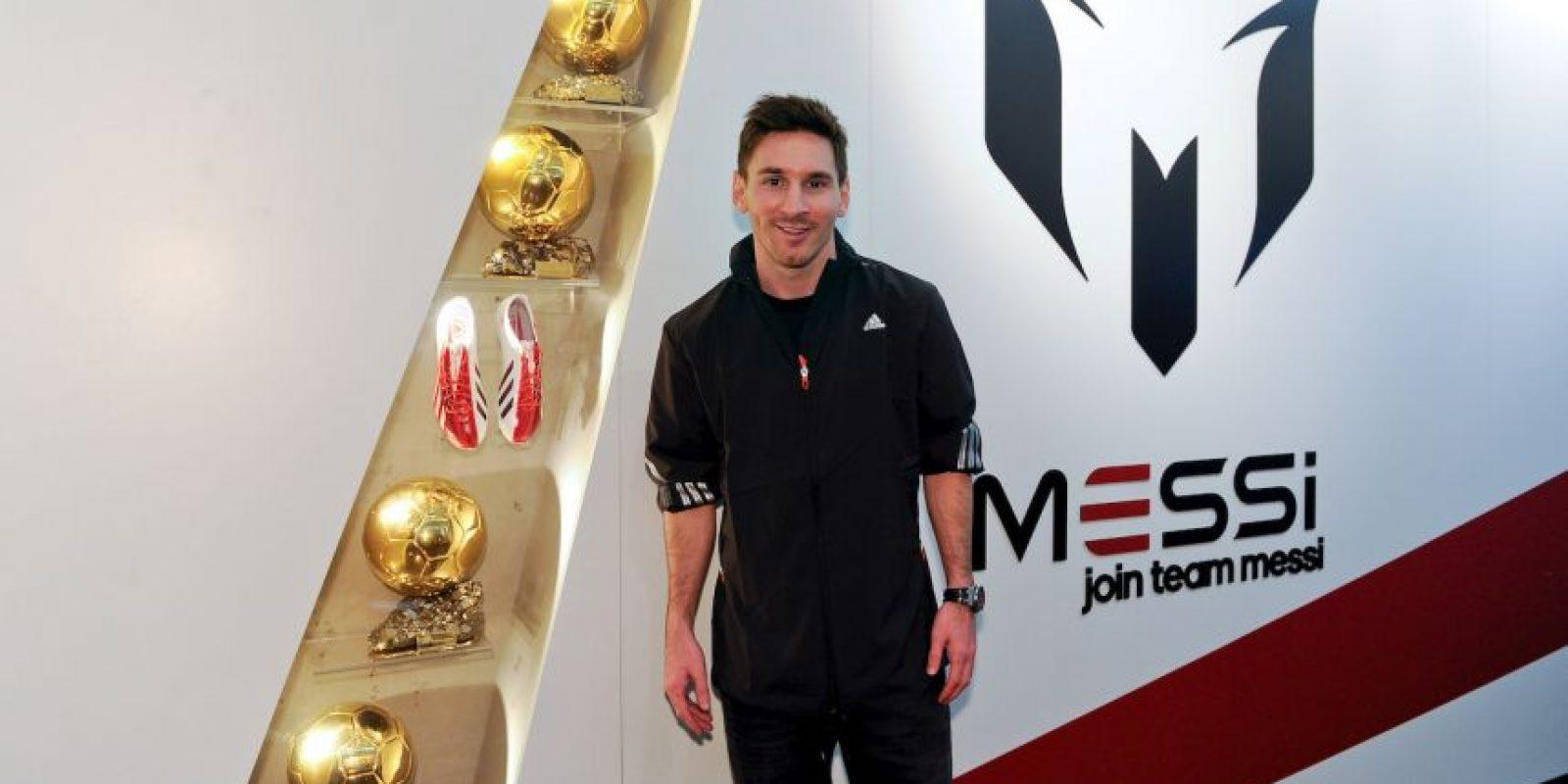 Con sólo 27 años, ha ganado cuatro veces el Balón de Oro de la FIFA, que se le otorga al mejor futbolista del mundo cada año. Foto:Getty Images