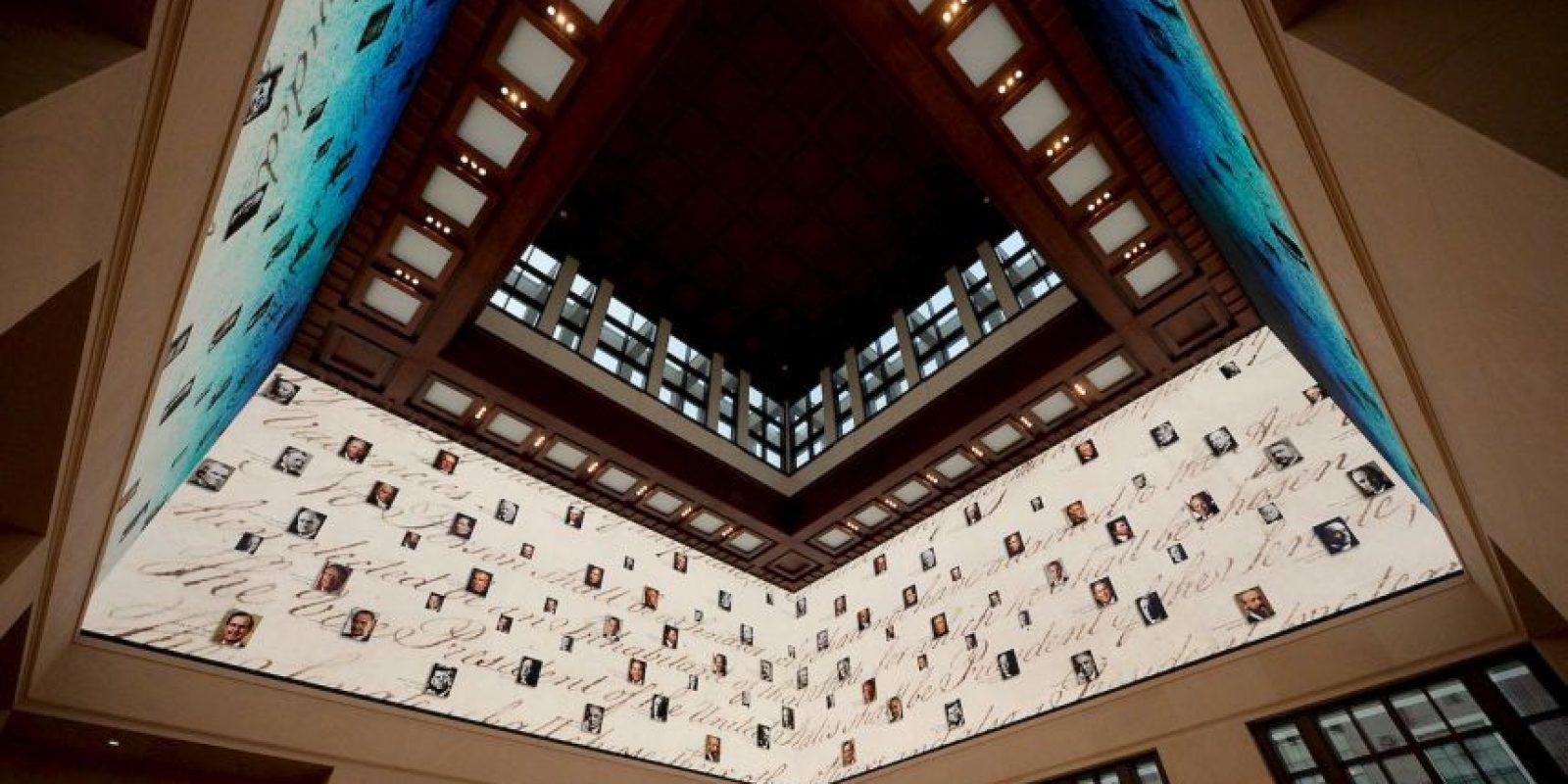 Los videos 360 son muy parecidos a una atmósfera envolvente, conocidas en los planetarios o salas con multi pantallas. Foto:Getty
