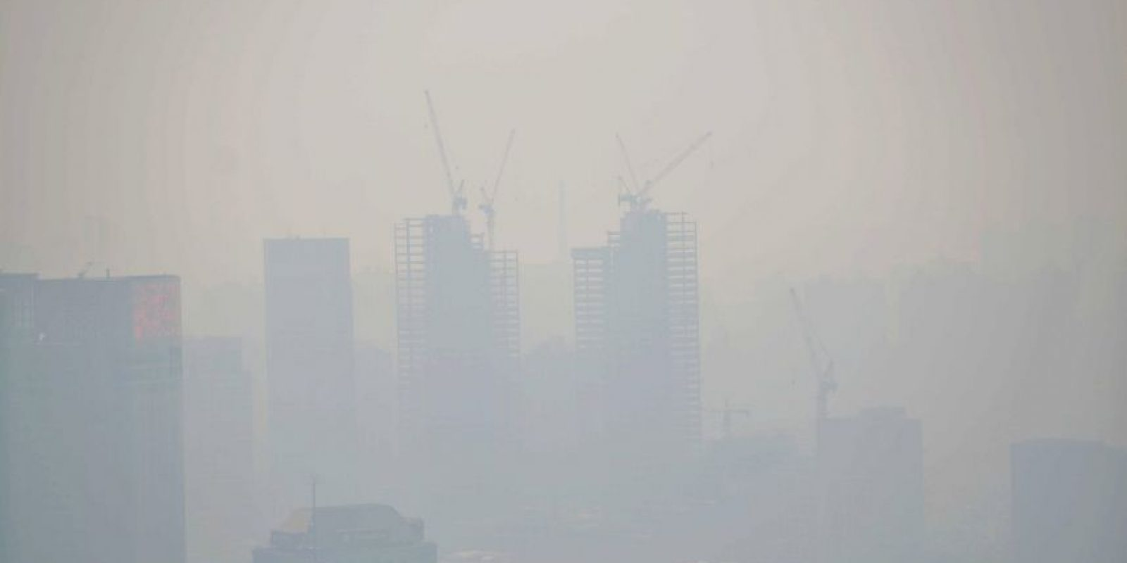 2. Según la Organización Mundial de la Salud la mortandad ha aumentado a causa de la contaminación ambiental. Afirma que la polución es uno de los primeros riesgos para la salud. Foto:Getty Images