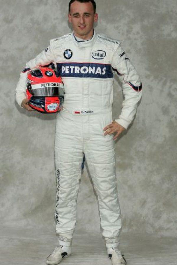 En 2007, Robert Kubica sufrió un accidente que, por lo impactante que se vio, se pensó que sería de graves consecuencias para el piloto de BMW, pero sólo se lastimó el tobillo. Foto:Getty Images