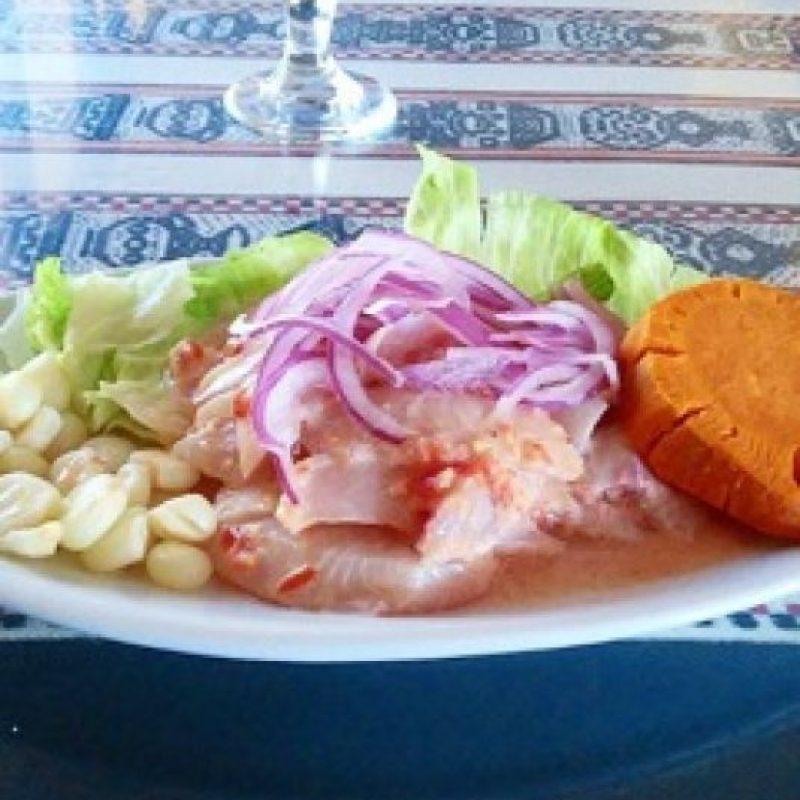 """""""El pescado debe oler a pescado, no a amoniaco"""", explicó el chef mexicano. Foto:Instagram"""