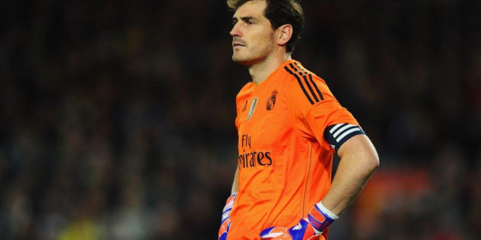 Iker Casillas fue señalado por Villiam Vecchi, entrenador de porteros del Real Madrid, como responsable en el gol de Luis Suárez que le dio la victoria al Barcelona en el Clásico. Foto:Getty Images