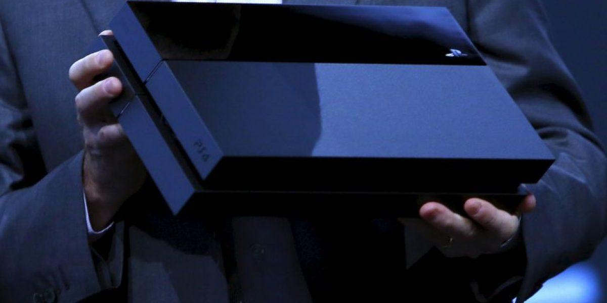 Actualización de PS4 trae integración con Facebook