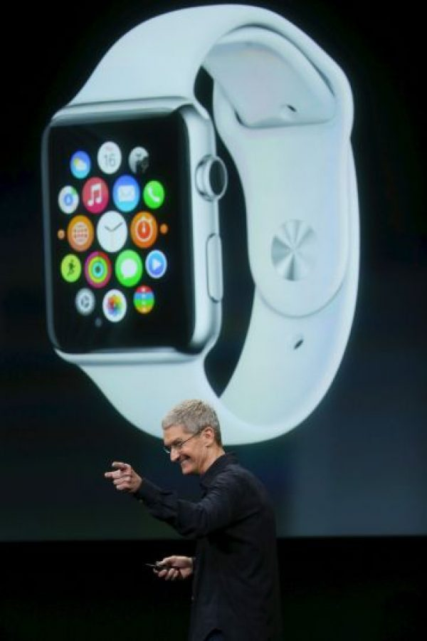Tim Cook cuando presentó el Apple Watch. Foto: Getty Images