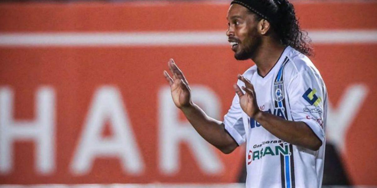Cada minuto de Ronaldinho le cuesta 500 dólares al Querétaro de México