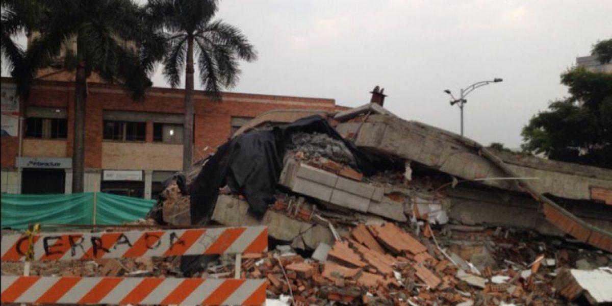 Video: Tres segundos duró implosión de un edificio en Medellín