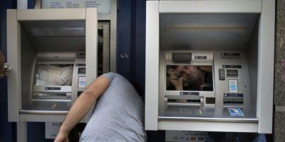 Asimismo, ahorran tiempo al poder realizar transacciones bancarias con un solo clic. Foto:Getty Images