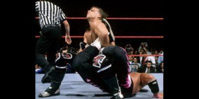 5. Una hora, dos minutos y 52 segundos es el tiempo que duró la pelea más extensa del máximo evento. Se dio en Wrestlemania XII entre Bret Hat y Shawn Michaels Foto:WWE