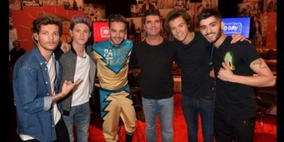 """Simon Cowell fue el creador de One Direction, cuando en 2010 eligió a estos cinco cantantes de entre los concursantes del reality show """"The X Factor"""" Foto:Twitter @simoncowell"""