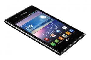 LG Optimus Vu 2 / Intuition. Es el peor intento por emular el éxito del Galaxy Note. Su diseño es muy simple. Foto:Samsung