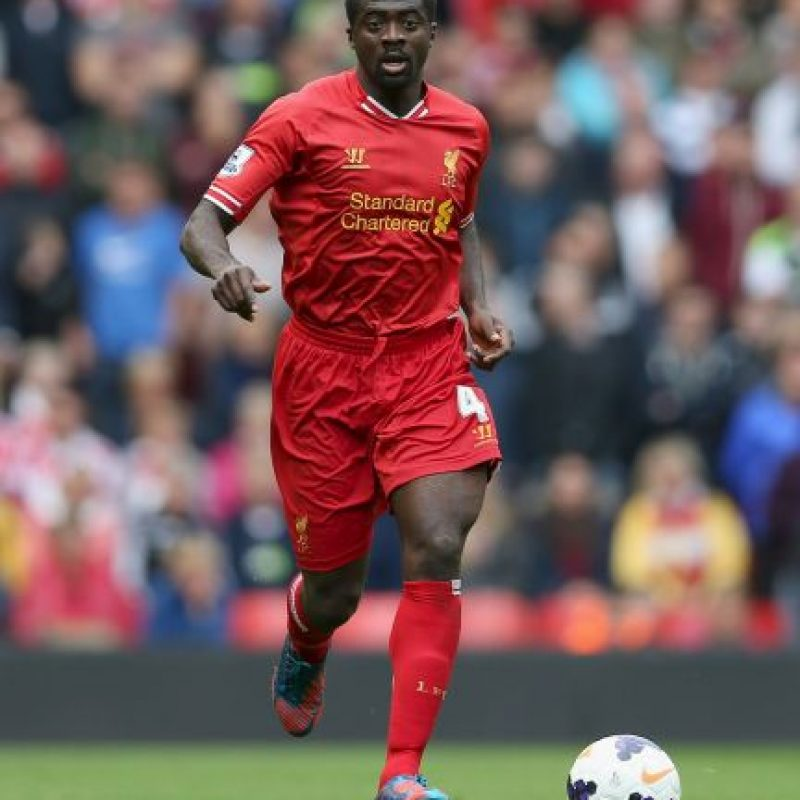 Kolo Touré. El futbolista de Costa de Marfil siempre debe ser el último en salir a la cancha Foto:Getty Images
