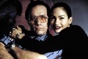 10.- Edward Hans Olmos aumentó hasta 20 kilos para interpretar al papá de Selena Foto:Warner Bros