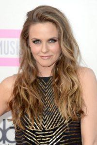 Interpretada por Alicia Silverstone