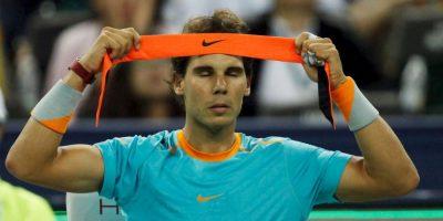 Rafa Nadal. Entre sus supersticiones, nunca pisa las líneas del césped en los cambios de cancha Foto:Getty Images