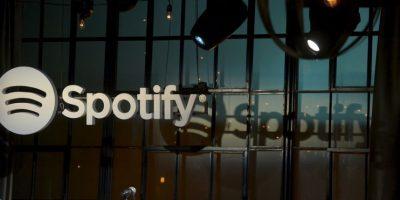 Spotify tienen un servicio gratuito y también uno pagado. Foto:Getty