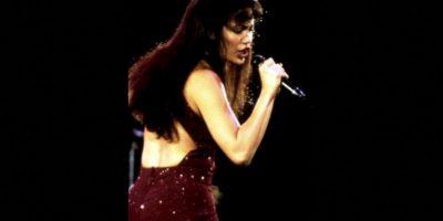 8.- Se necesitaron 35 mil extras para la escena del concierto de Selena en el estadio Houston Astrodome. Foto:Warner Bros