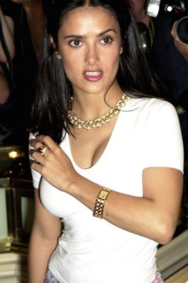 4.- Salma Hayek y la actriz mexicana Bibi Gaytan fueron candidatas al papel de Selena Foto:Getty Images