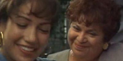15.- Lupe Ontiveros tenía 54 años cuando interpretó a Yolanda Saldivar de 34 años. Foto:YouTube
