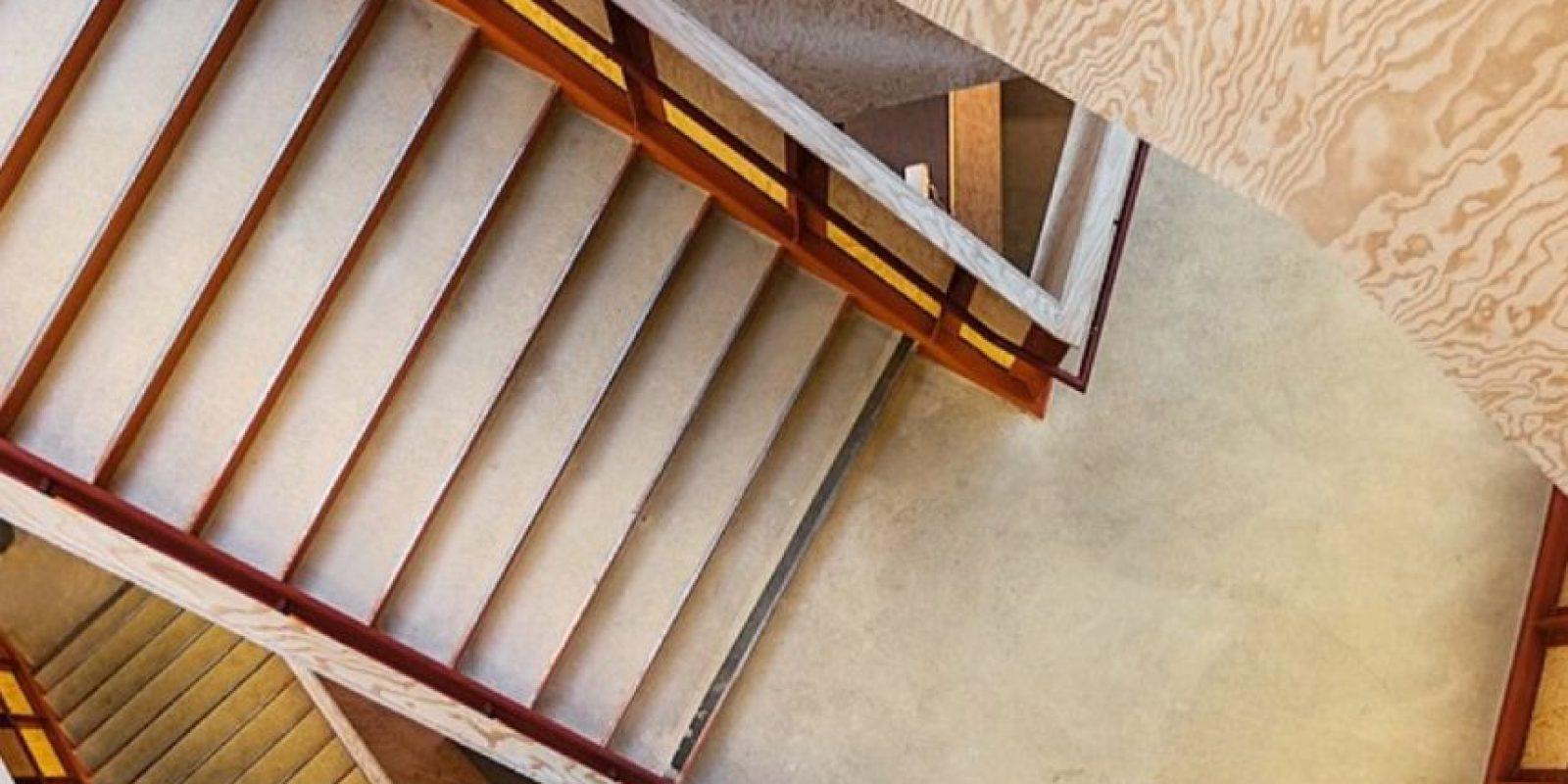 Una escalera del nuevo edificio. Foto:instagram.com/tobyharriman