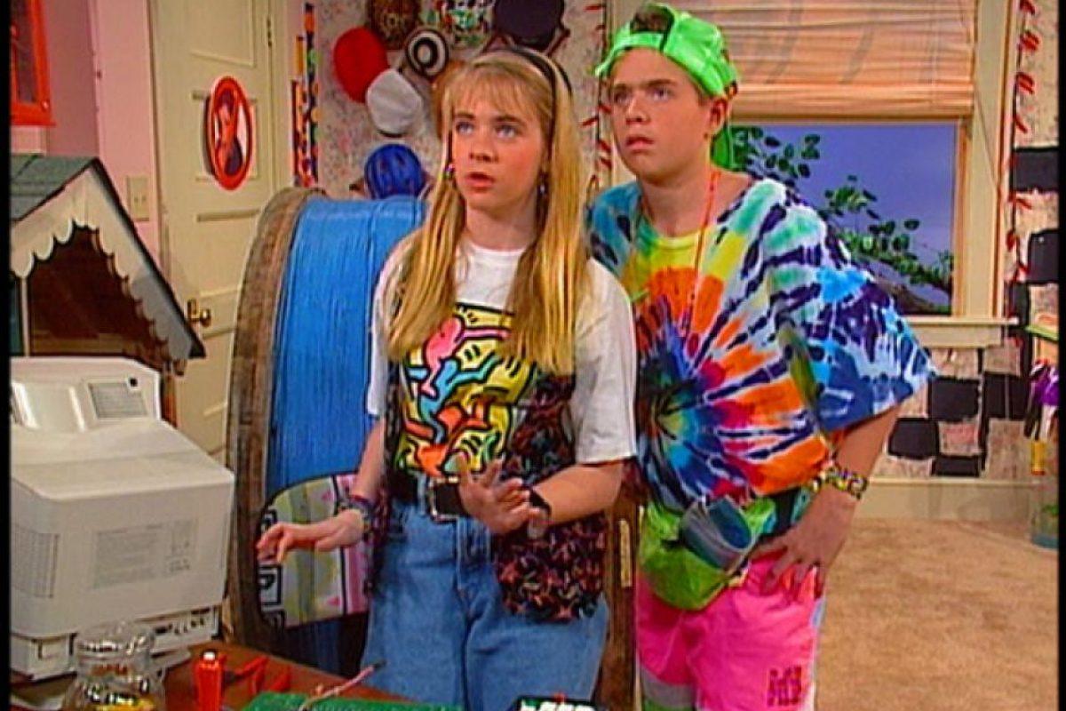 """Antes de ser la bruja adolescente """"Sabrina"""", Melissa Joan Hart interpretó a """"Clarissa Darling"""" en una comedia de Nickelodeon donde contaba las tragedias de una típica adolescente de los 90. Foto:Twitter"""