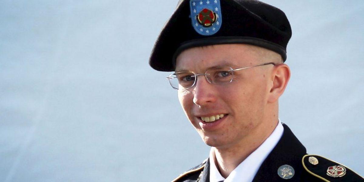 Ex soldado Manning tuitea desde la prisión