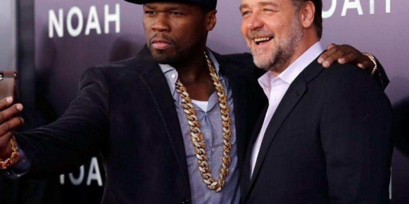 '50 Cent' y el actor Russell Crowe durante la premiere de Noé. Foto:Getty Images
