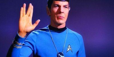 """Uno de los personajes emblemáticos de la serie fue sin duda """"Spock"""". El peinado, el """"Saludo Vulcano"""" y las orejas puntiagudas son ya un clásico. Foto:twitter.com/brasilpost/"""