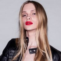 Pero toda su carrera se la debe a su rostro femenino. Foto:vía Instagram/Stav Strashko