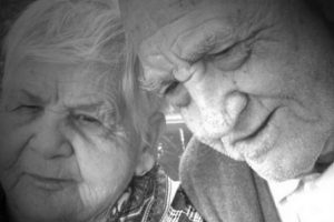Su esposa, Rosalía 88 años Foto:Wikimedia