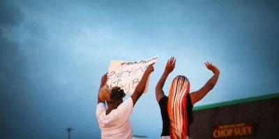 5. Sin embargo, un video, tomado por el dominicano Feidin Santana, desmintió la versión del policía. Foto:Getty Images