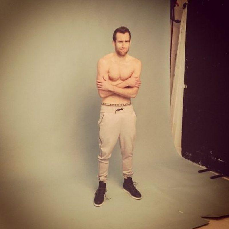 El actor de 25 años posó sin camisa para una revista gay Foto:Instagram/realmattdavelewis