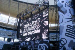 La producción retiró las imágenes que había de Malik en el video que la banda presenta antes de comenzar sus conciertos. Foto:Vía Twitter.com/thepoetess_lfc