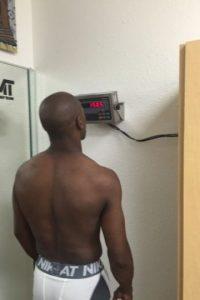 Es decir, tres libras y cuatro onzas, de acuerdo a un pesaje del Consejo Mundial de Boxeo (CMB) Foto:CMB