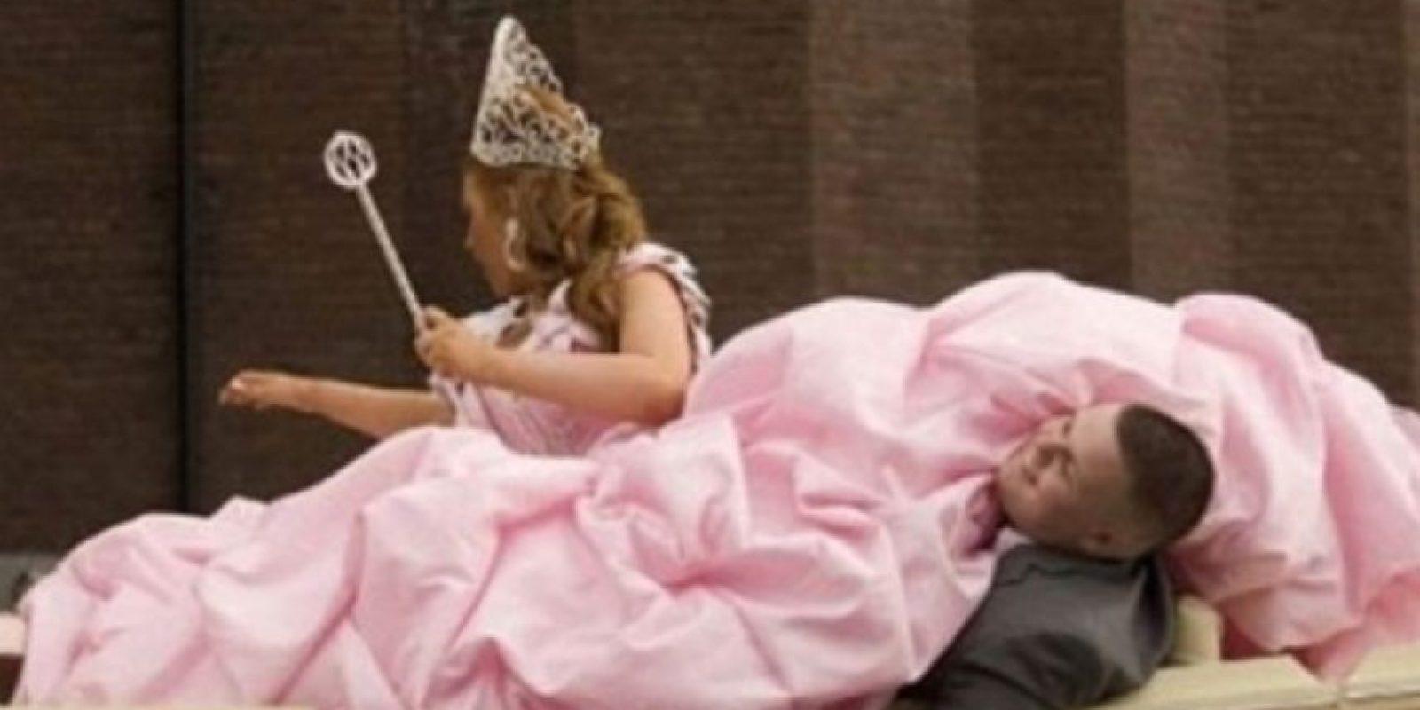 Una rosada novia Foto:Imgur