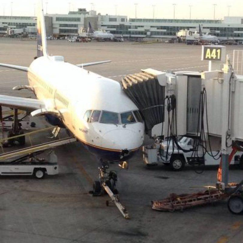 Los pilotos no se dieron cuenta del impacto hasta el momento que aterrizaron Foto:Facebook.com/amanda.stovall.94