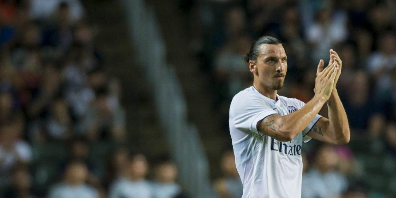 El polémico Zlatan fue captado por las cámaras dedicándole insultos a los árbitros y al propio país donde juega, Francia. Foto:Getty Images