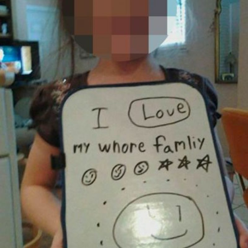 Whore. Qué ternura. Foto:vía MommyLand