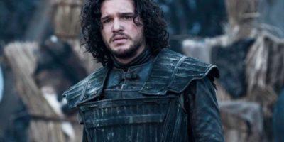 ¿Qué será de Jon Snow combatiendo a los invasores más allá del Muro? Foto:HBO