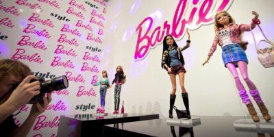 """Ruth Handler, empresaria estadounidense, es considerada como la creadora de la muñeca cuando usó una muñeca alemana llamada """"Bild Lilli"""" como su inspiración. Foto:Getty Images"""