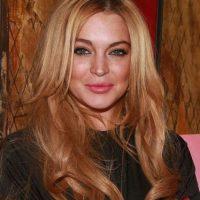 Ropa, muebles, y obras de arte han sido subastados por Dina Lohan, madre de la cantante. Foto:Getty Images