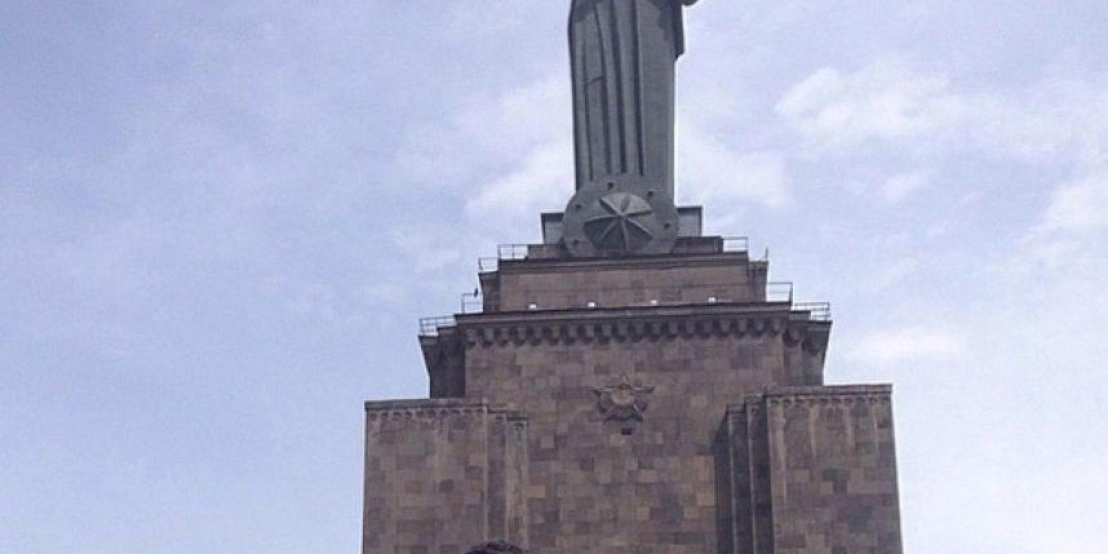 Las hemanas también visitaron los monumentos históricos de este lugar. Foto:Vía Instagram.com/kimkardashian